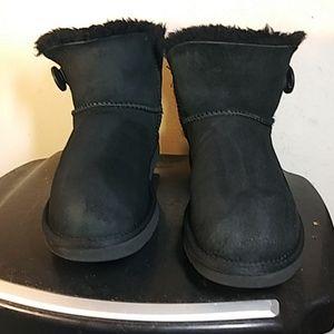 UGG #3352 Classic short boots  Size8 mini Bailey .